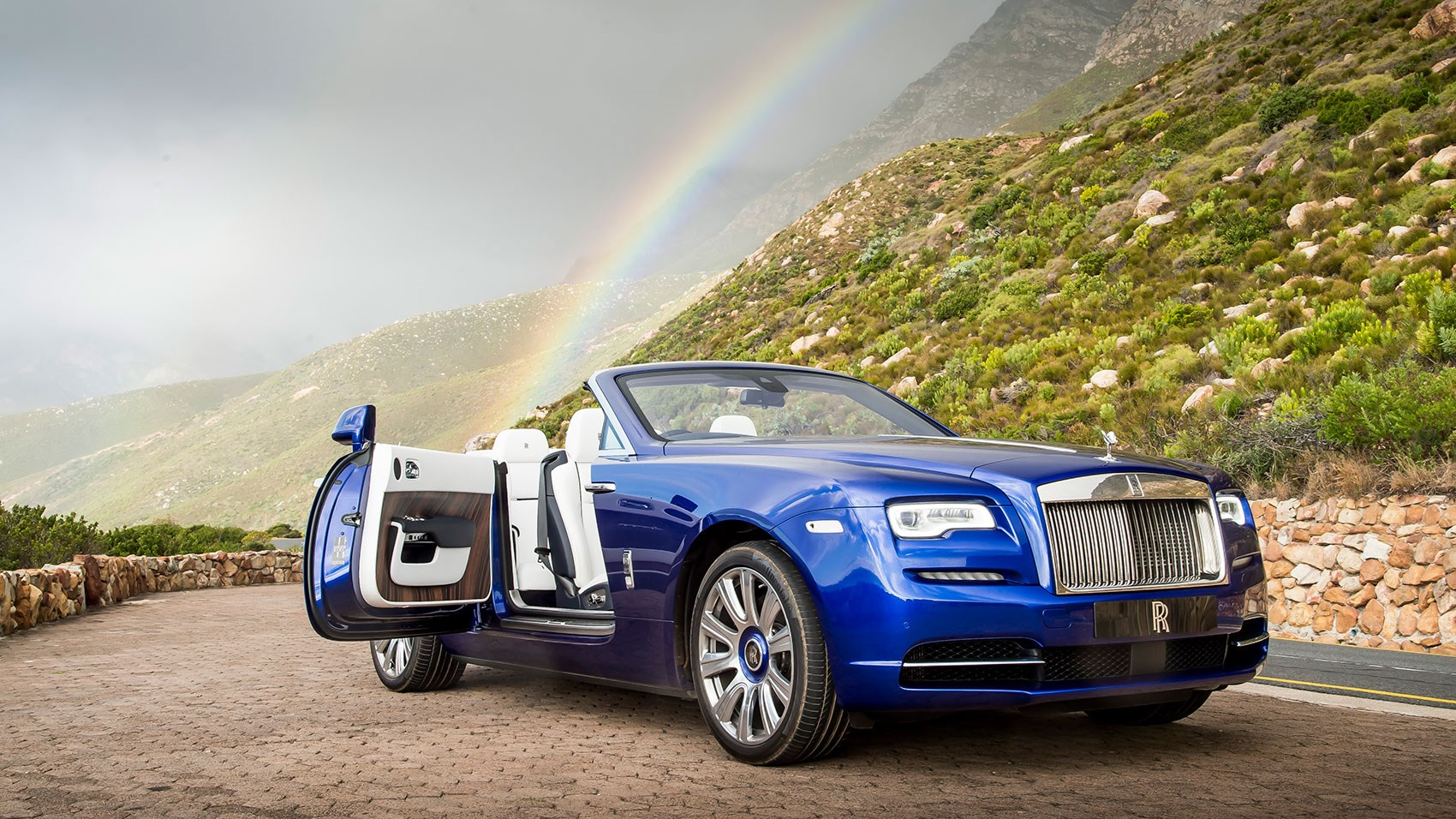 Rolls Royce Dawn 6.6 V12